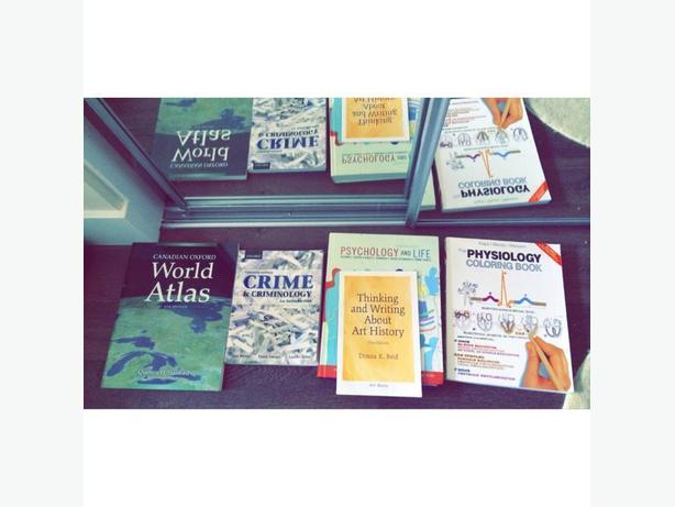 gently used textbooks for sale! Victoria City, Victoria