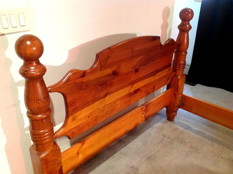 Obo Queen Size Solid Wood 4 Poster Bed Frame Saanich