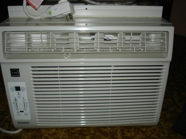 Sold 12000 btu danby window air conditioner etobicoke for 12k btu window air conditioner
