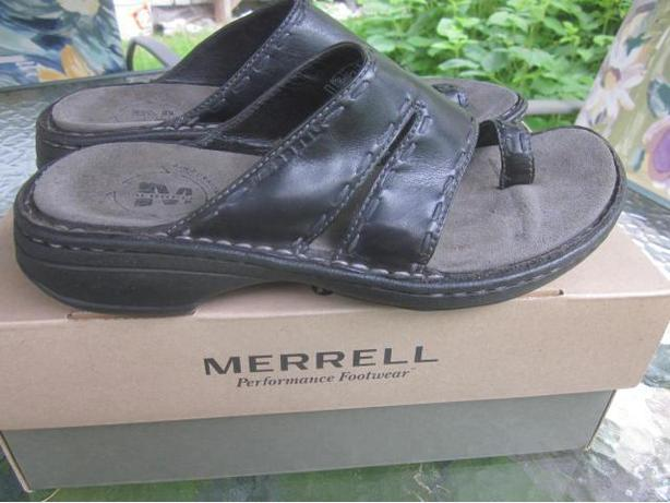 Merrell Black Leather Sandals