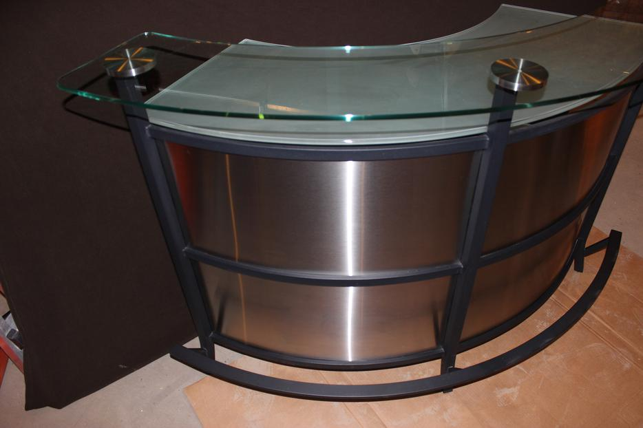Amisco Brand Stainless Steel Glass Bar Manhattan Style  : 39735370934 from www.usedregina.com size 934 x 622 jpeg 47kB