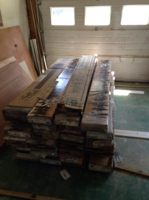 Solid hardwood flooring esquimalt view royal victoria for Hardwood flooring york region
