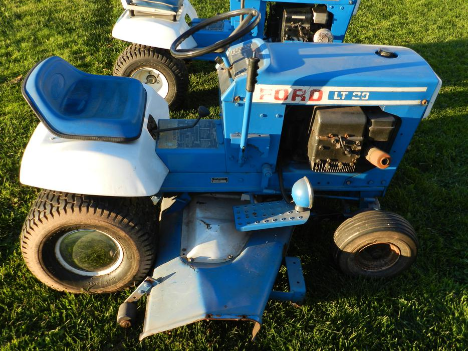 Used Ford Lawn Tractor : Ford lt lawn tractors queens county pei