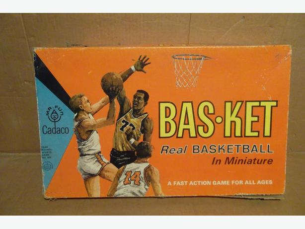 "1961 Cadaco ""BAS-KET"" basketball game"