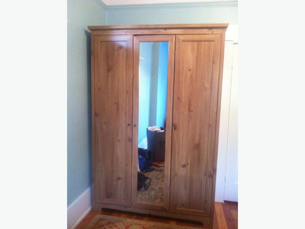 Ikea Wandregal Hochglanz Weiß ~ Like new Ikea armoire wardrobe with mirror and 3 doors See photos for