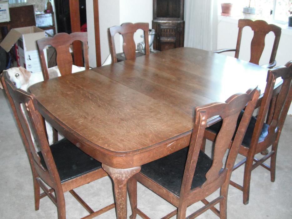 CANADIAN MADE ANTIQUE OAK DINING TABLE SET Central Nanaimo  : 39784867934 from www.usednanaimo.com size 934 x 700 jpeg 87kB
