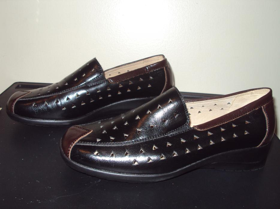 never worn stepwel leather shoes saanich