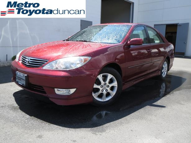 2005 toyota camry xle v6 leather sale priced n3035a outside victoria victoria. Black Bedroom Furniture Sets. Home Design Ideas
