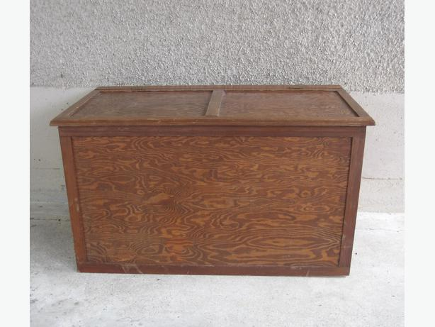 Wood Storage Trunk Box Toys Blankets Tools Bedroom Table Living Room Central Nanaimo Nanaimo