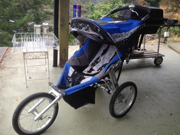 Chariot Jogging Stroller Saanich, Victoria