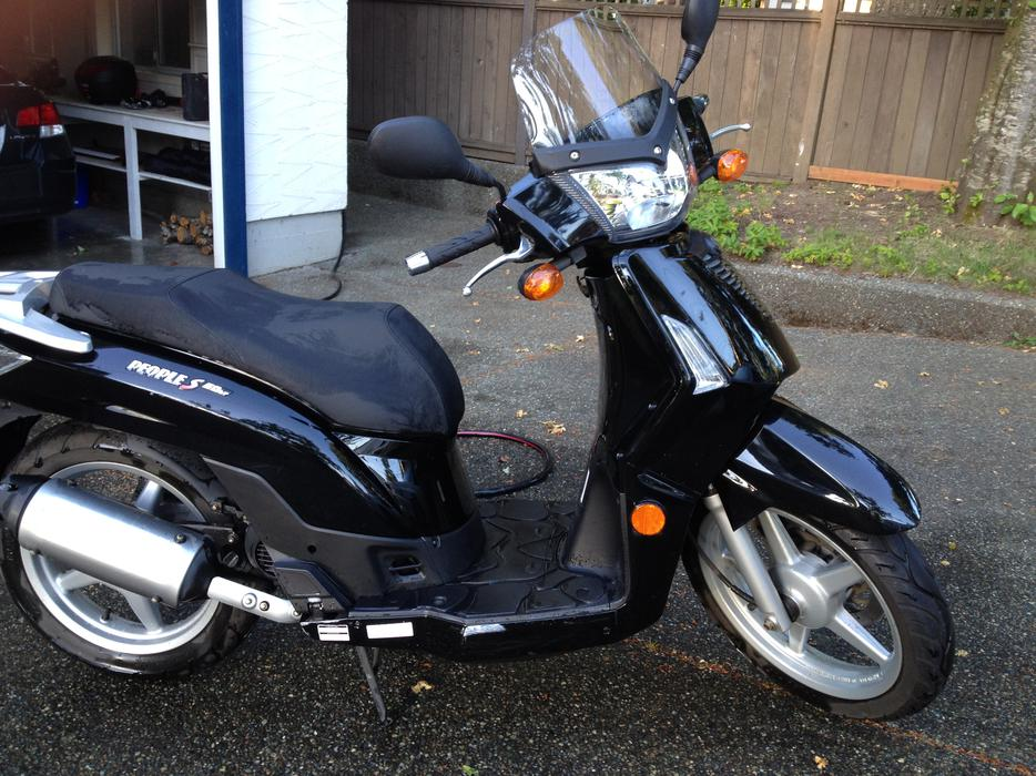 2009 kymco people s50 4t 50cc scooter for sale excellent condition west shore langford. Black Bedroom Furniture Sets. Home Design Ideas