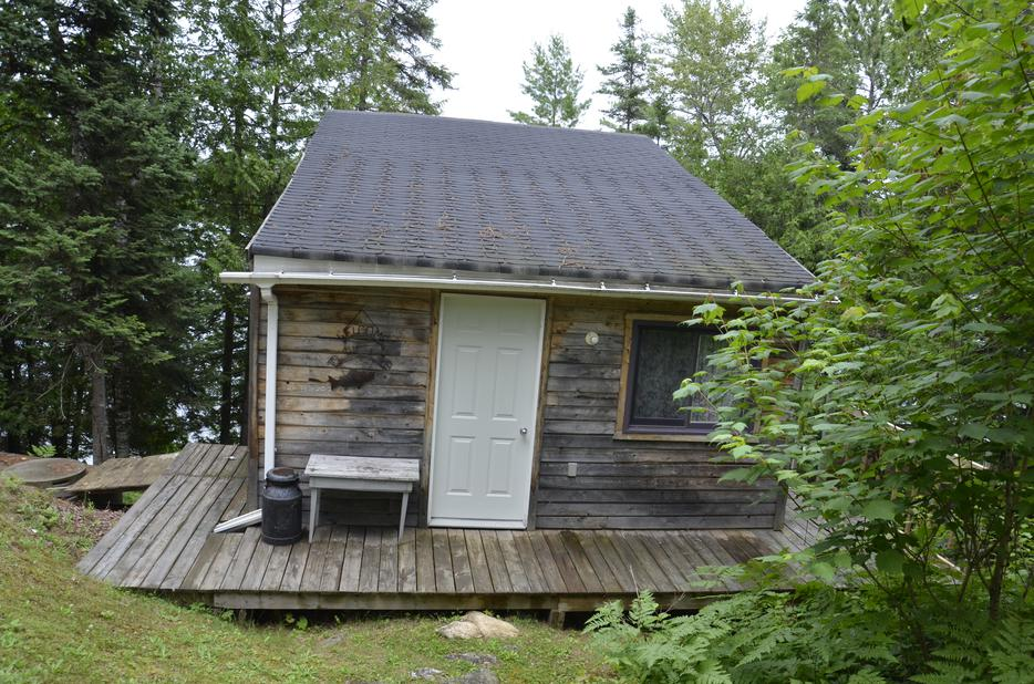 Lakefront Cottage For Sale Lac Marcelin Outside Ottawa