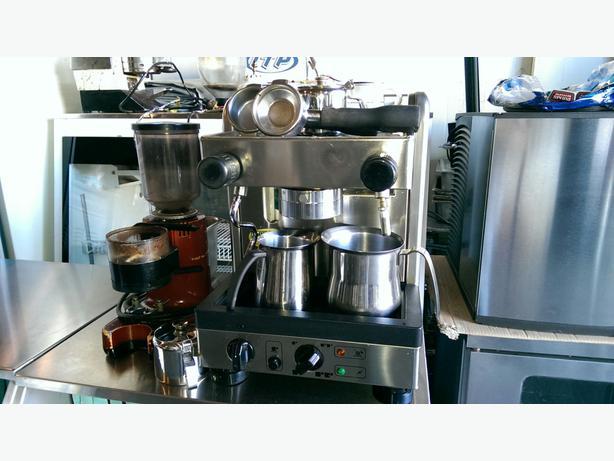 la cimbali espresso machine with grinder outside victoria victoria. Black Bedroom Furniture Sets. Home Design Ideas