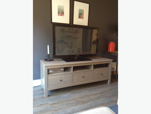 Hemnes Tv Stand Gray Brown : HEMNES IKEA GREYBROWN TV BENCH Victoria City, Victoria