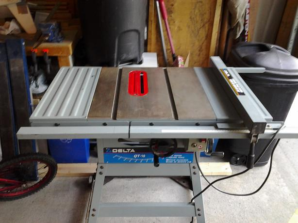 Delta qt 10 table saw orleans gatineau for 10 delta table saw price