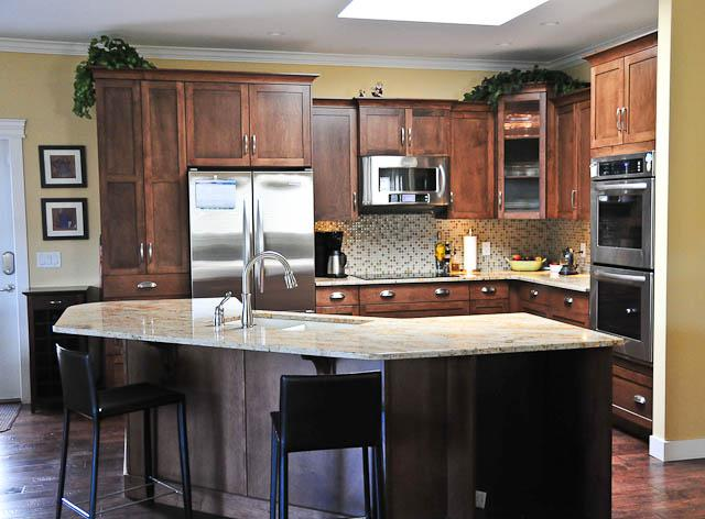 Locally made cabinets victoria city victoria for Kitchen cabinets vernon bc