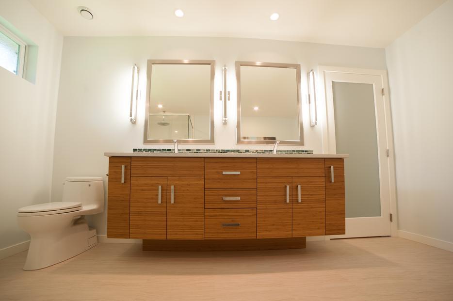 Locally made cabinets victoria city victoria for Kitchen cabinets vernon bc