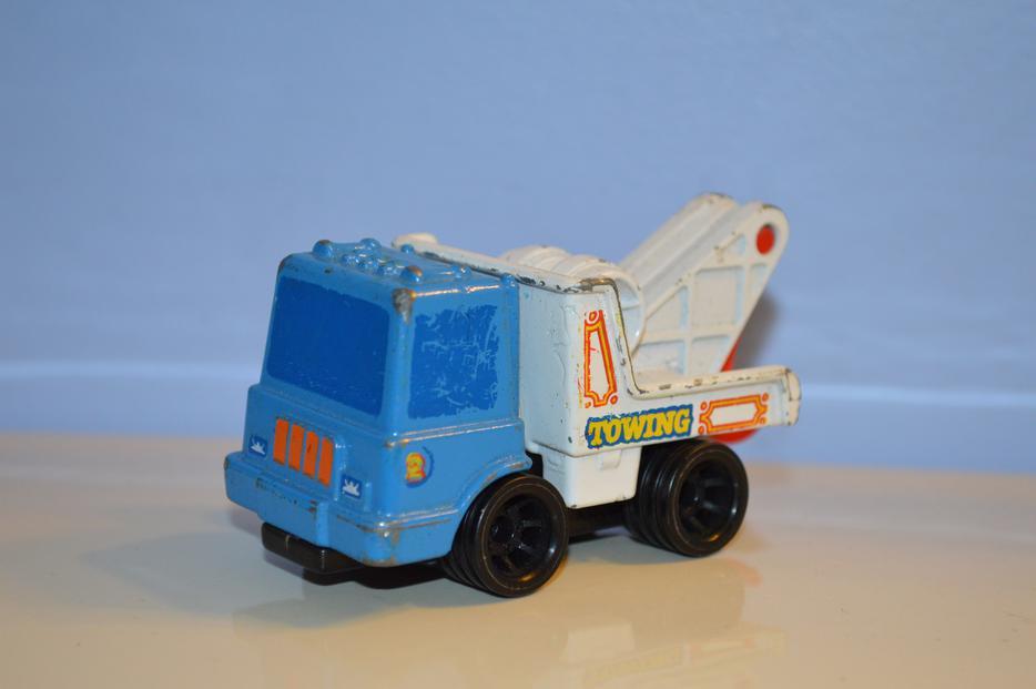 2 1979 First Wheels Mattel Tow Truck and dump Truck ...