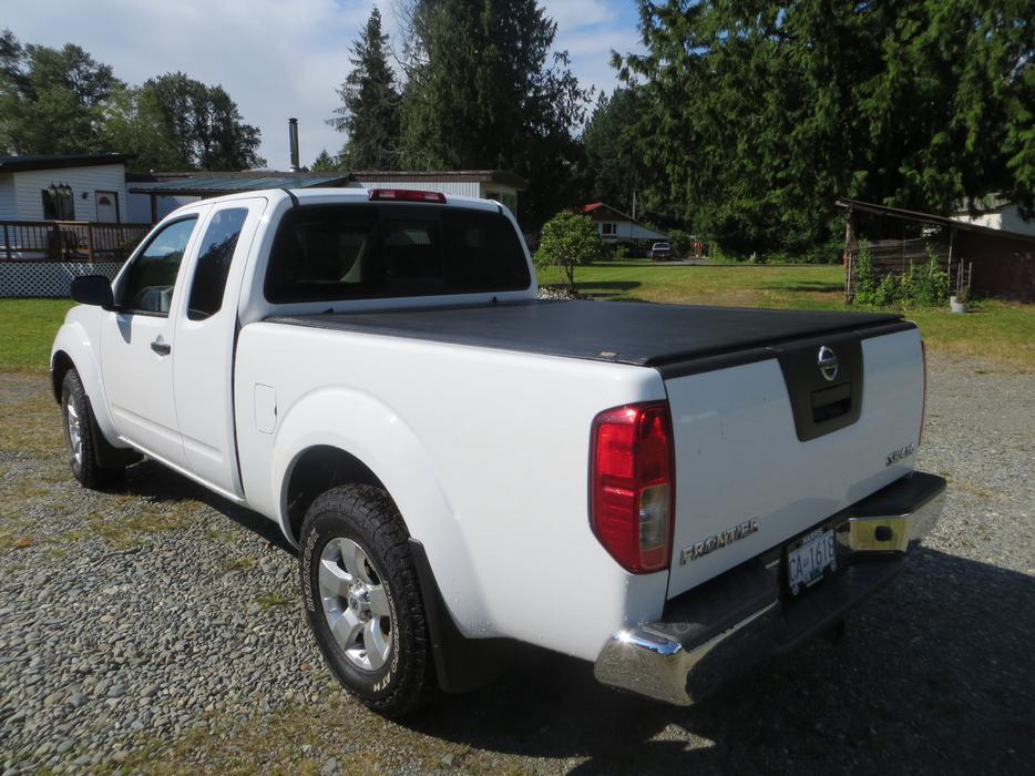 nissan frontier 4x4 for sale outside comox valley comox valley mobile. Black Bedroom Furniture Sets. Home Design Ideas