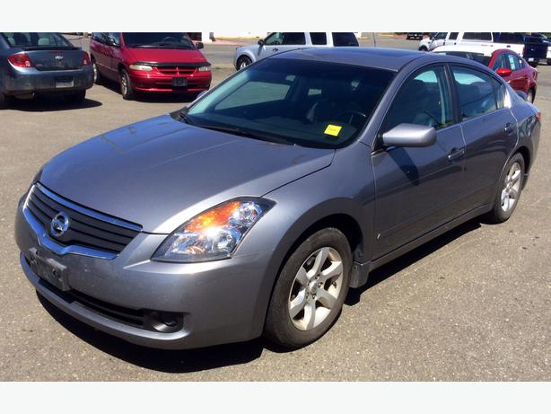 2007 nissan altima 2 5 sl with leather and power everything campbell river comox valley. Black Bedroom Furniture Sets. Home Design Ideas