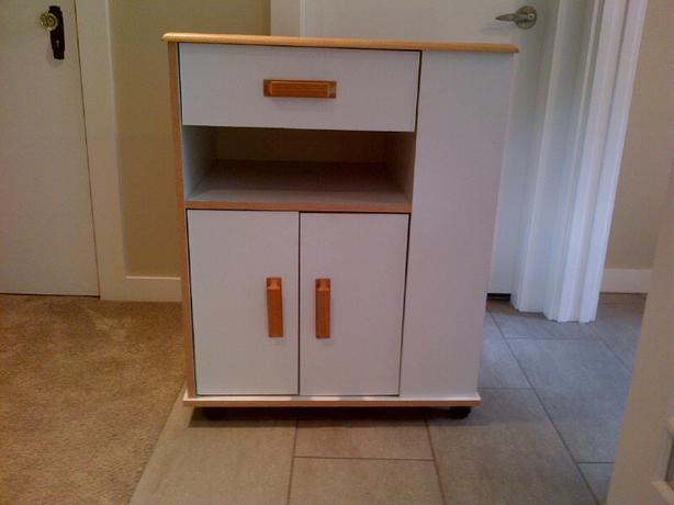 Ikea microwave cart saanich victoria for Microwave carts ikea