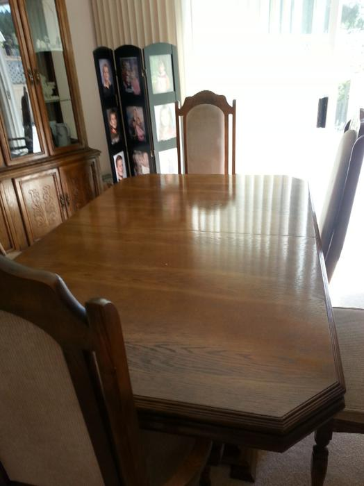 Matching Dining Room Table 6 Chairs And A Hutch West Shore Langford Colwood