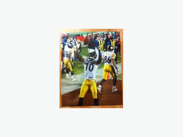 Santonio Holmes Super Bowl 43  Game Winning Catch Celebration Signed 16x20 Photo