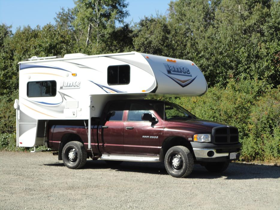 2011 Lance 855 Camper With 2004 4x4 Dodge Ram 2500 Saanich