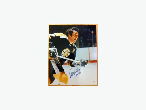 Phil Esposito Signed Boston Bruins 16x20 Photo