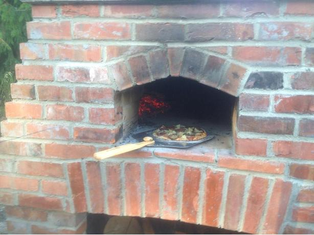 Outdoor Kitchens including Pizza ovens
