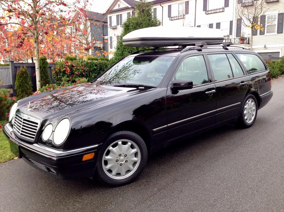 1999 mercedes benz e320 wagon 4matic outside victoria for Mercedes benz e320 1999