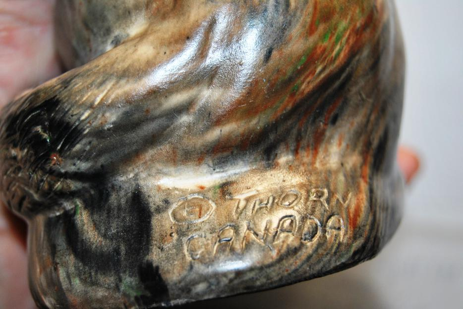 Vintage soapstone sculpture thorn art canada figurine