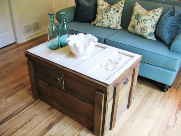 Reduced Country Rustic Old Aged Cedar Chest Coffee Table Victoria City Victoria