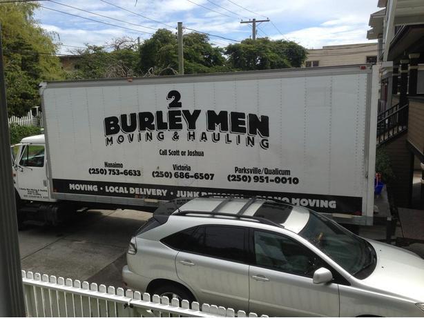 º º  2 Burley Men Moving Ltd º º