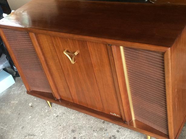 Viking Mid Century Modern Teak Cabinet Radio Record Player