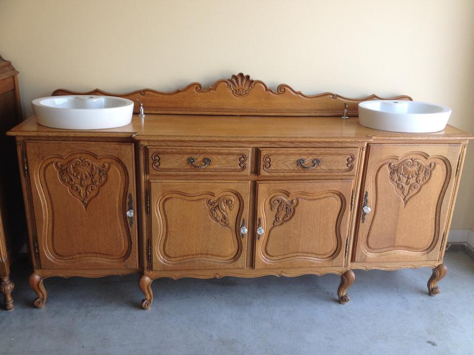 Elegant Kelowna Bathroom Vanities  MELTEC