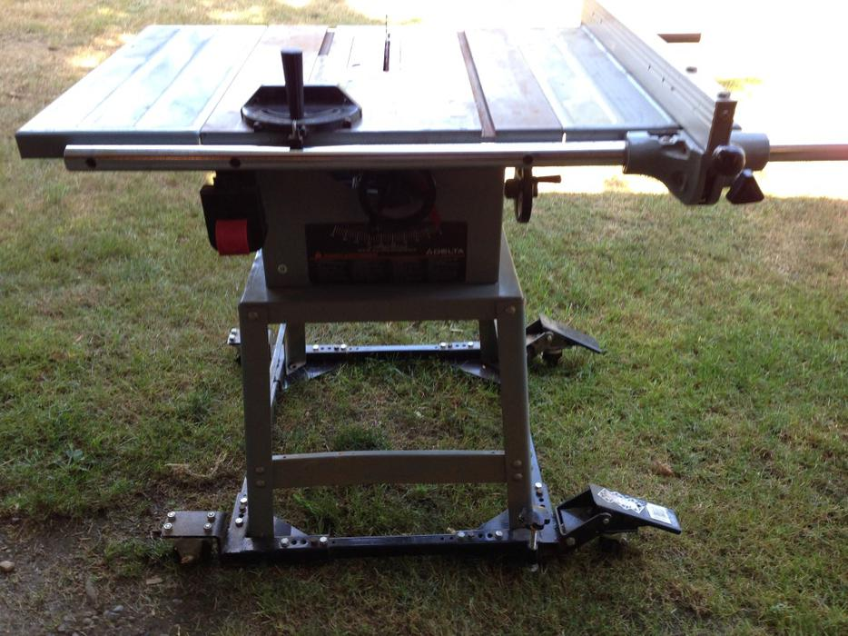 10 delta table saw courtenay comox valley for 10 inch delta table saw