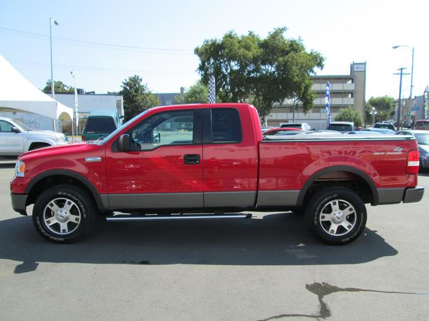 2005 ford f 150 lariat fx4 local vehicle no accidents on sale. Black Bedroom Furniture Sets. Home Design Ideas