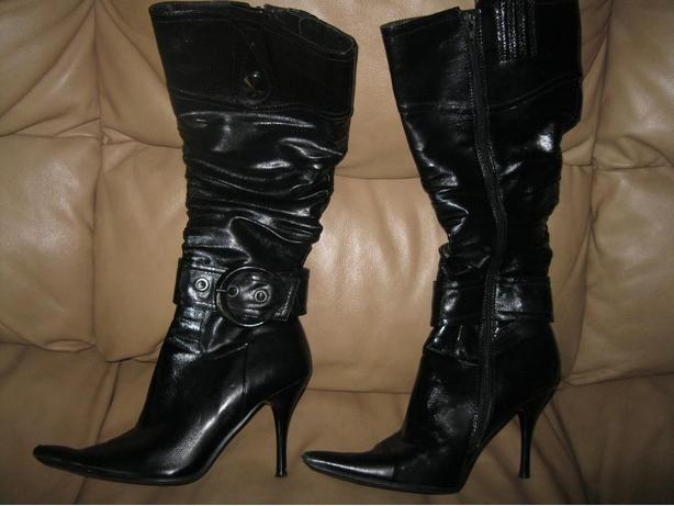 Zeria Black High Heel Boots - size 9