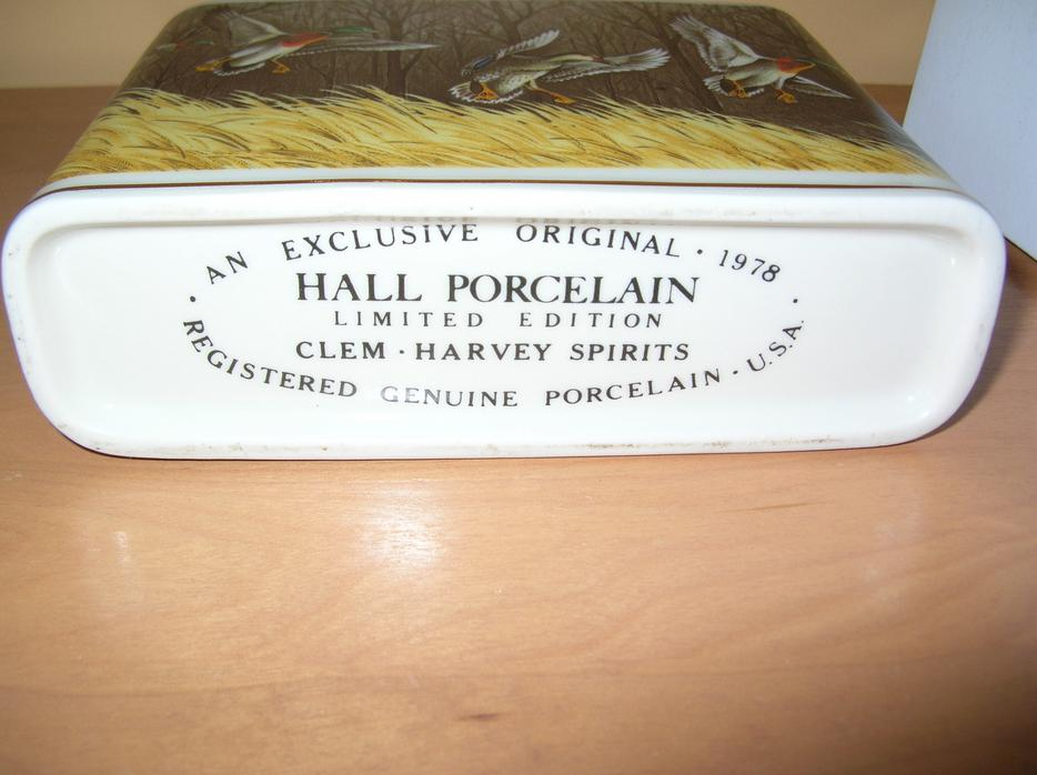 Hall Porcelaine Clem Harvey Spiriti Decanter Limited Edition 1978 Hull Sector Quebec Ottawa