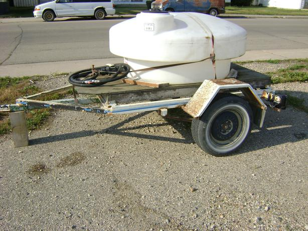 Poly Tank Trailer : Gallon poly water tank good condition hose valves and