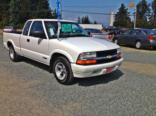 2000 Chevrolet S10 Pickup Ext