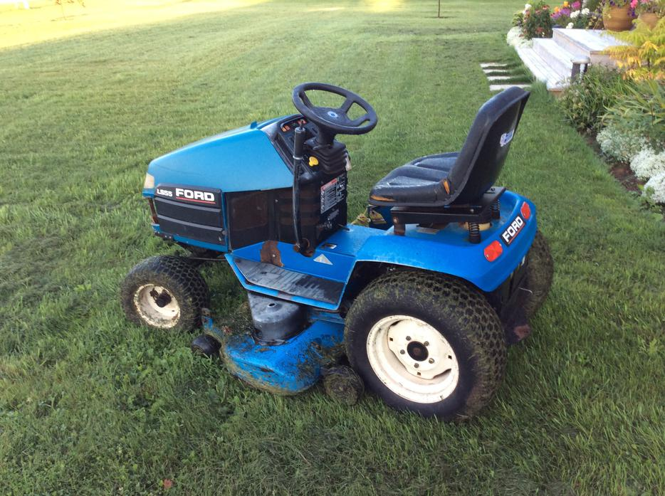 Used Ford Lawn Tractor : Used ford new holland mower