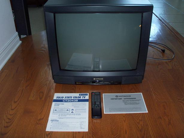 Hitachi 20 U0026quot  Colour Tv With Controller And Manuals Kanata