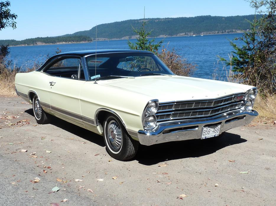 1967 Ford Galaxie 500 Xl Outside Victoria Victoria