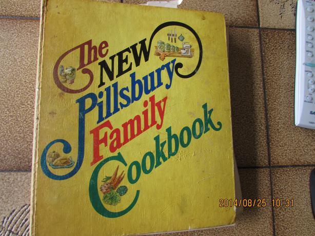 WANTED: WANTED: Pillsbury Cook Book