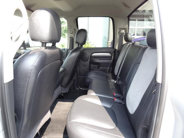 2005 Dodge Ram 1500 Slt W Leather Interior Power Accessories Truck Outside Victoria Victoria