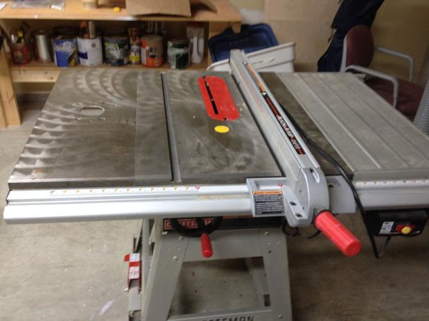 Sears 10 Quot Table Saw With Router Extension Outside Cowichan