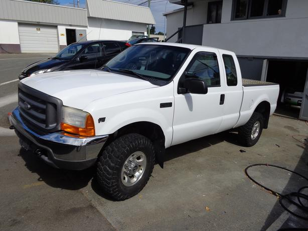 2001 ford f350 xl 4x4 extracab outside victoria victoria. Black Bedroom Furniture Sets. Home Design Ideas