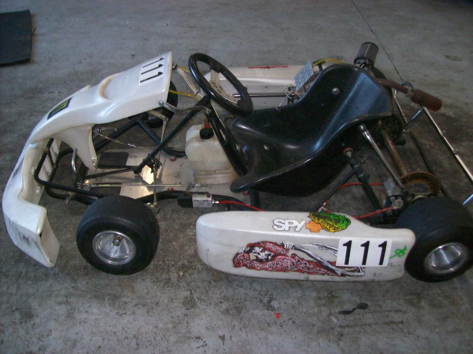 5 5 hp racing kart outside nanaimo nanaimo for Go kart montreal exterieur